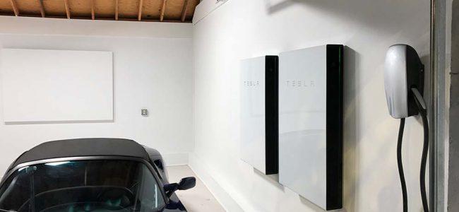 opslagbatterij in garage