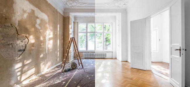 De helft van de foto is een gerenoveerde kamer en da andere kant niet.