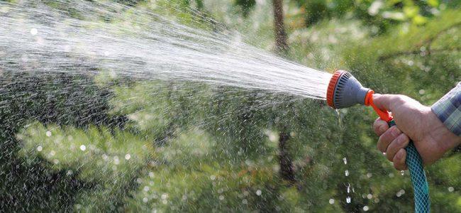 tuinslang met water