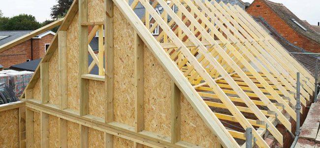Houtskeletbouw van het dak